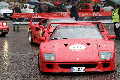 Ferrari Tribute To 1000 Miglia: Wet Start Of The 4Th Edition