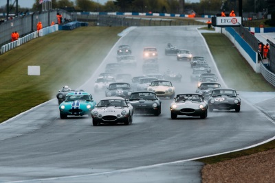 JAGUAR CLASSIC CHALLENGE SEES THOMAS AND LOCKIE WIN ACTION-PACKED RACE AT DONINGTON
