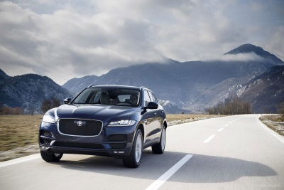 Jaguar F-Pace Collects 'Best SUV' Award At Fleet World Honours