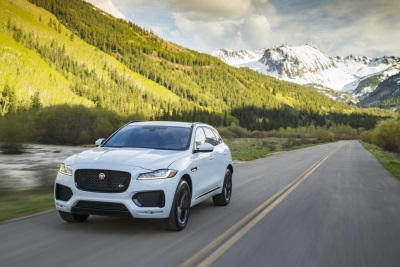 2017 Jaguar F-Pace Receives Motorweek Drivers' Choice Award For Best Luxury Utility Vehicle