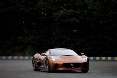 Felipe Massa Drives Bond Villain S Jaguar C Supercar In Mexico