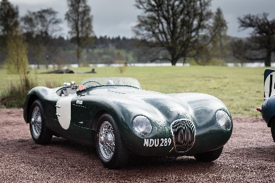A LEGENDARY LINE-UP: THE JAGUAR HERITAGE CARS OF THE 2015 MILLE MIGLIA