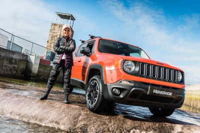 WORLD FIRST: JEEP RENEGADE DRIVES OLYMPIC-STANDARD WHITE WATER RAFTING COURSE