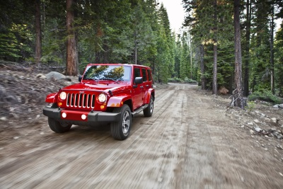 JEEP WRANGLER UNLIMITED AND DODGE GRAND CARAVAN RECEIVE 5-YEAR COST TO OWN AWARDS FROM KELLEY BLUE BOOK'S KBB.COM