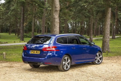 just add fuel with telematics now launched on peugeot 308. Black Bedroom Furniture Sets. Home Design Ideas
