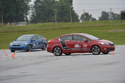 KIA MOTORS EXPANDS PARTNERSHIP WITH B.R.A.K.E.S. TEEN PRO-ACTIVE DRIVING SCHOOL