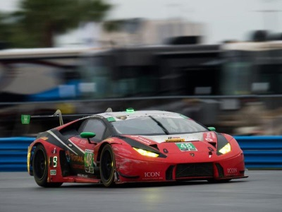 Lamborghini Teams Fight To Two Top-10 Finishes At Rolex 24 At Daytona