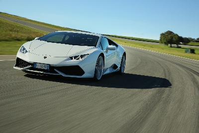 RECORD YEAR FOR AUTOMOBILI LAMBORGHINI:DELIVERIES INCREASED TO 2,530 UNITS IN 2014