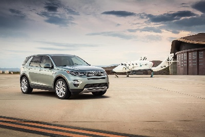 LAND ROVER UNVEILS NEW PREMIUM COMPACT DISCOVERY SPORT AND LAUNCHES 'GALACTIC DISCOVERY' WITH VIRGIN GALACTIC