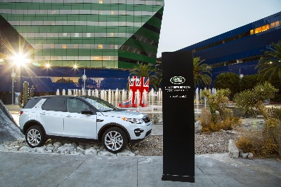 LAND ROVER EXPERIENCE L.A. OPENS OFFERING AN URBAN ALL-TERRAIN DRIVE COURSE AND INTRODUCES THE NEW DISCOVERY SPORT