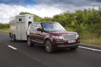 LAND ROVER TO DEMONSTRATE PIONEERING SEE-THROUGH TRAILER RESEARCH AT BURGHLEY HORSE TRIALS