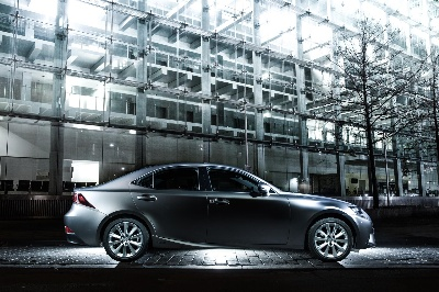 LEXUS DELIVERS HIGHER QUALITY AND GREATER VALUE WITH REVISED IS 300H RANGE