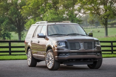 LINCOLN NAVIGATOR EARNS VINCENTRIC BEST VALUE IN AMERICA AWARD FOR SECOND CONSECUTIVE YEAR
