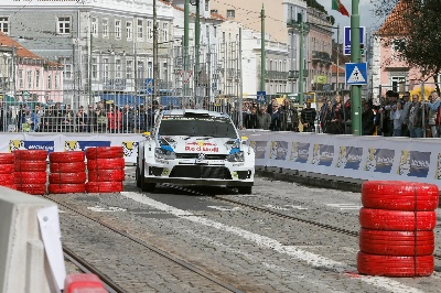 DREAM START IN LISBON – VOLKSWAGEN TRIO LEADS THE WAY IN PORTUGAL