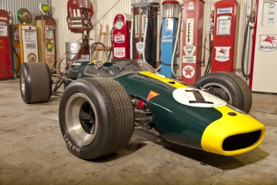 Lloyds Auctions Australia: Bidding Opens For 'The King's Garage' Collection