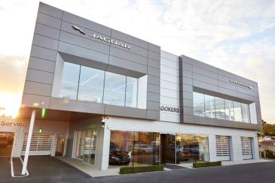 LOOKERS JAGUAR LAND ROVER WEST LONDON CELEBRATES OPENING OF NEW STATE-OF-THE-ART SHOWROOM