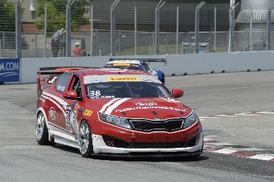 TORONTO-NATIVE MARK WILKINS SCORES THRILLING VICTORY FOR KIA ON HOME TURF IN ROUND 10 OF THE PIRELLI WORLD CHALLENGE