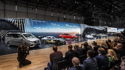 Mercedes-Benz Cars at the 2015 Geneva Motor Show: Product Offensive Continues at Full Speed