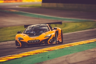 THE McLAREN 650S GT3 SECURES FRONT ROW START FOR 24-HOUR RACE DEBUT