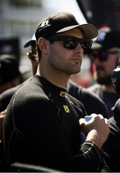 McLAREN GT STRENGTHENS DRIVER LINE-UP WITH SHANE VAN GISBERGEN