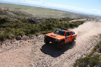 MECHANICAL PROBLEMS PLAGUE AMERICAN ROBBY GORDON IN STAGE 2 AT DAKAR