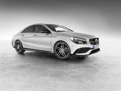 New Mercedes-AMG accessories: Sporty attachment parts for the CLA and exclusive wheel hub covers from Mercedes-AMG