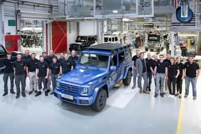 Production record for the G-Class off-road icon: 300,000th G-Class rolls off production line in Graz