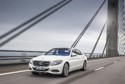 Mercedes-Benz luxury sedan on course of success: 100,000 S-Class models sold in just one year