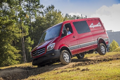 MERCEDES-BENZ SPRINTER IS TOPS IN SEGMENT WITH ALG RESIDUAL VALUE AWARD