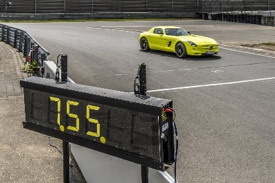 Mercedes-AMG establishes lap record in the 'Grüne Hölle' ('Green Hell')