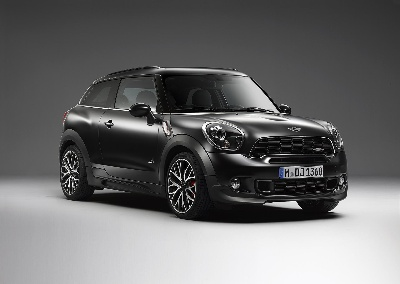 Highlight in matt: MINI now with exclusive Frozen Black metallic paint finish