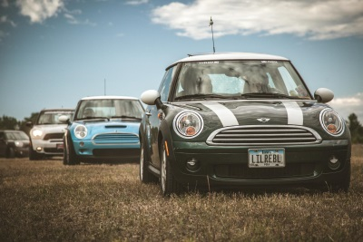 MINI ON THE MACK RALLY DRAWS RECORD CROWD OF MINI OWNERS