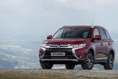Mitsubishi Outlander Takes The Large SUV Crown In What Car? 2017 Reliability Survey