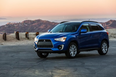 MITSUBISHI MOTORS CLOSES 2015 UP OVER 22 PERCENT FOR THE YEAR