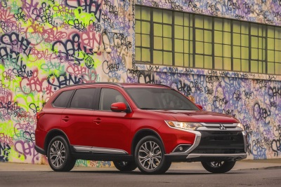 2016 MITSUBISHI OUTLANDER RANKED NUMBER ONE ON CARS.COM LIST OF MOST AFFORDABLE 3-ROW CROSSOVERS