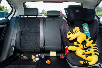 MONDAY MORNING MOTORING MESS: THINGS THAT THE KIDS LEAVE BEHIND
