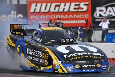 Mopar And Dodge Nitro Drivers Hunt For Third Consecutive Win Factory Stock Showdown Kicks Off At Nhra Gatornationals