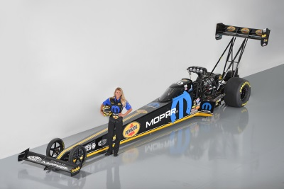 MOPAR AND PENNZOIL® ANNOUNCE SPONSORSHIP OF LEAH PRITCHETT-PILOTED NHRA TOP FUEL DRAGSTER