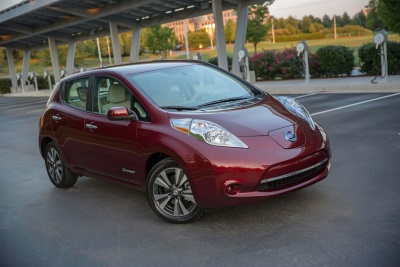 NISSAN LEAF EARNS IHS AUTOMOTIVE LOYALTY AWARD FOR THE SECOND YEAR RUNNING