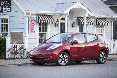 NISSAN CELEBRATES 30,000 LEAF SALES IN 2014, BEST YEAR EVER FOR SALES OF ANY PLUG-IN VEHICLE