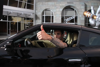 NISSAN, NBC & ADAM LEVINE LAUNCH 'RED THUMB DAY' TO URGE DRIVERS TO STOP TEXTING AND DRIVING