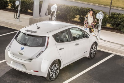 CALLING ALL BOSTONIANS: NISSAN'S 'NO CHARGE TO CHARGE' PROGRAM ARRIVES IN BEAN TOWN