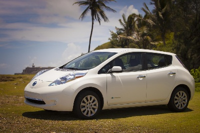 FIRST, AND SECOND, NISSAN LEAFS DELIVERED IN PUERTO RICO
