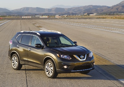 NISSAN ANNOUNCES U.S. PRICING FOR 2015 ROGUE