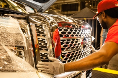 'STEEL TO WHEELS' – A BEHIND-THE-SCENES MANUFACTURING LOOK AT NISSAN TITAN XD