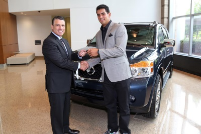 NISSAN WELCOMES TENNESSEE TITANS QB MARCUS MARIOTA TO ITS 'HEISMAN HOUSE' AND PRESENTS NEW ARMADA SUV FOR HIS DRIVEWAY