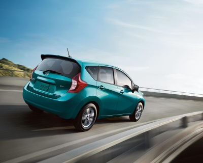 NISSAN VERSA NOTE NAMED ONE OF KELLEY BLUE BOOK'S KBB.COM '10 BEST BACK-TO-SCHOOL CARS OF 2015'