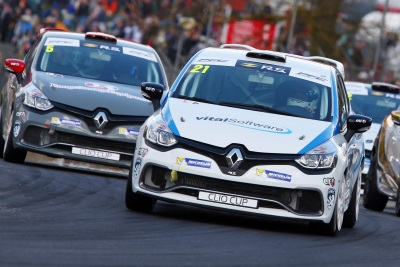 Pattison & Bushell Tied For Renault UK Clio Cup Lead After Sharing The Wins At Brands Hatch