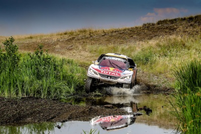 The Peugeot DKR Maxi Stays Ahead - First Stage Victory For Cyril Despres