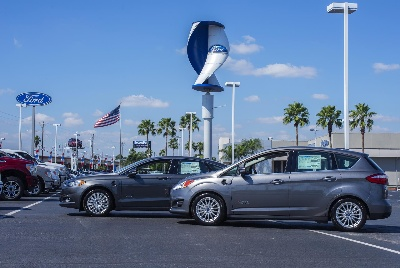 EXCLUSIVE PILOT PROGRAM WITH WIND ENERGY CORPORATION BRINGS CLEAN ENERGY TO SELECT FORD DEALERS